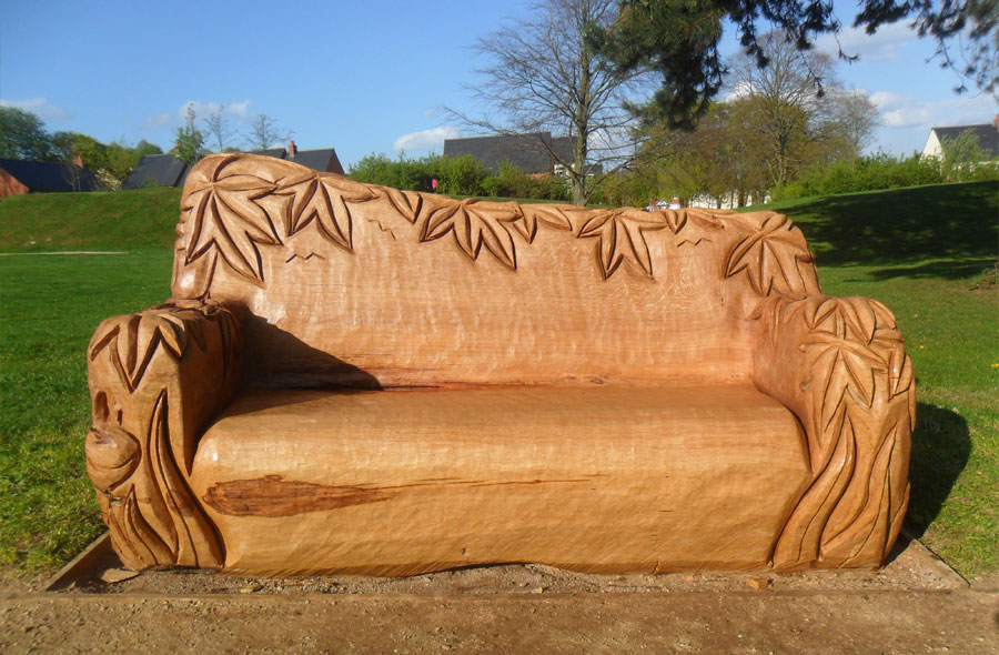 Wood sculptured seating chainsaw carved