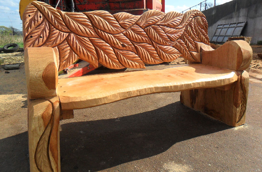 Wood Sculptured seating | Chainsaw Seating | Wood Carved Seating